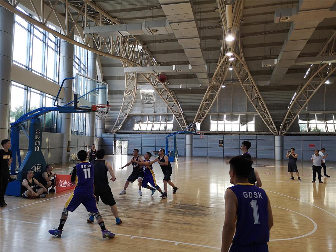 南高齒舉行的籃球友誼賽.JPG